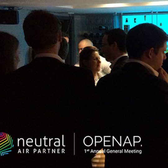 http://openap.neutralairpartner.com/wp-content/uploads/2016/10/Cocktail-reception-4-540x540.jpg